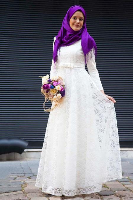 Azra Özer Beyaz Dantelli Elbise