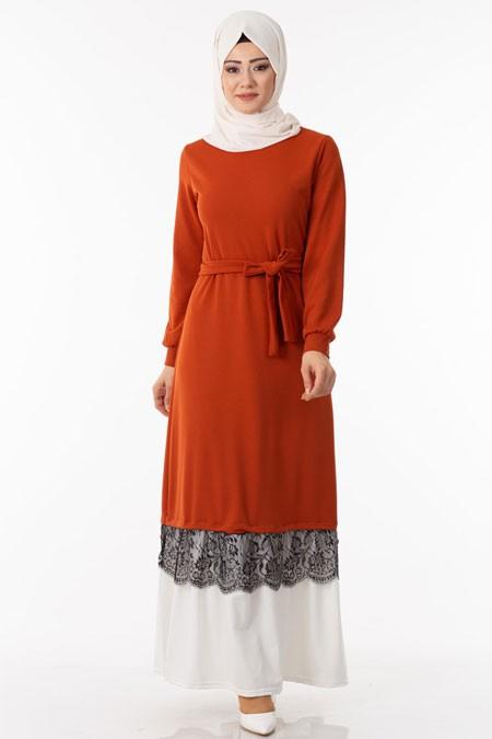 Turuncu Eteği Güpür Detaylı Tesettür Elbise
