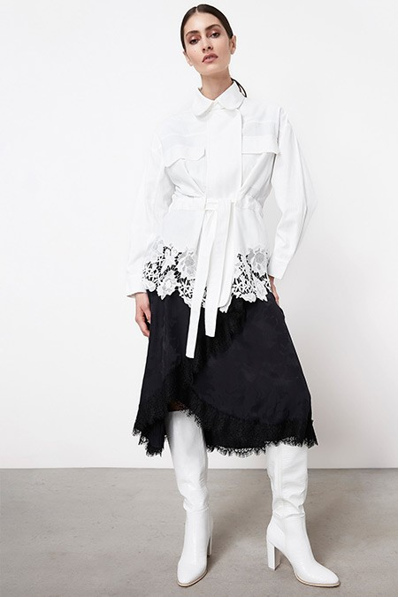 Ipekyol Beyaz Eteği Güpür Mixli Mont
