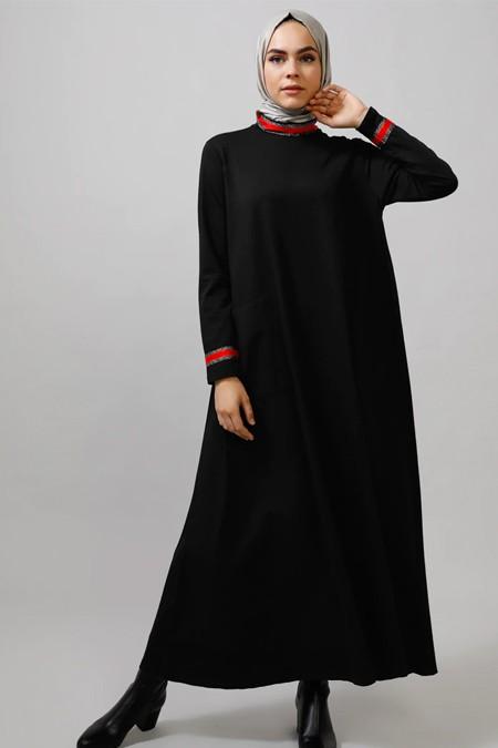 Refka Siyah Cep Detaylı Uzun Elbise