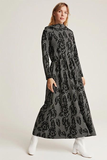 Muni Muni Siyah Jakarlı Beli Büzgülü Elbise