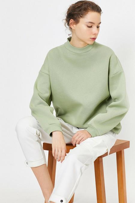 Koton Yeşil Yüksek Yaka Sweatshirt
