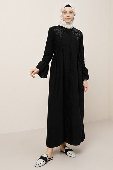 Benin Siyah Doğal Kumaşlı Boydan Düğmeli Elbise