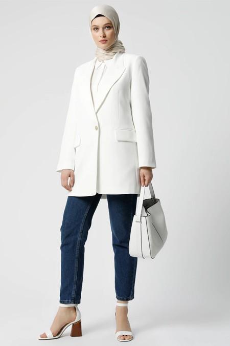 Refka Beyaz Cep Detaylı Ceket