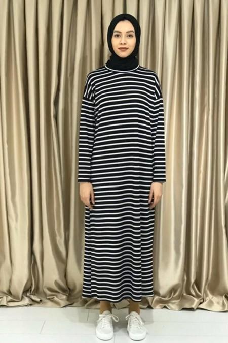 Melike Tatar Siyah Çizgili Elbise