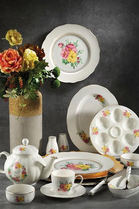 Kütahya Porselen Bone İlay 36 Parça Desenli Kahvaltı Takımı