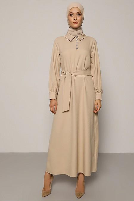 Refka Açık Vizon Taşlı Düğme Detaylı Kuşaklı Elbise
