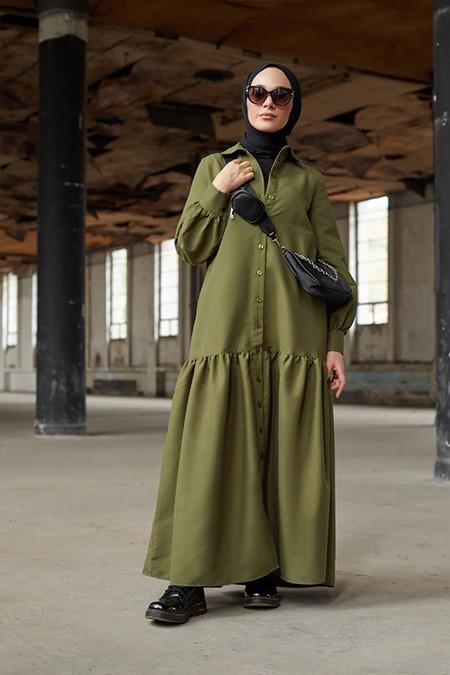 Benin Haki Boydan Düğmeli Kuşaklı Kışlık Elbise