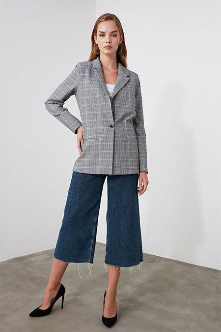 Trendyolmilla Gri Ekose Blazer Ceket