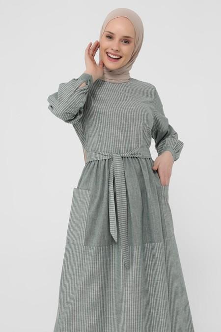 Refka Zümrüt Doğal Kumaşlı Çizgili Elbise