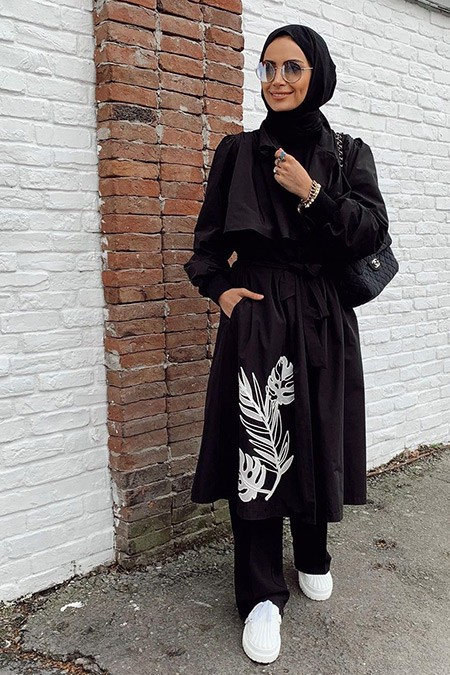 Venöve Siyah Monstrea Trençkot