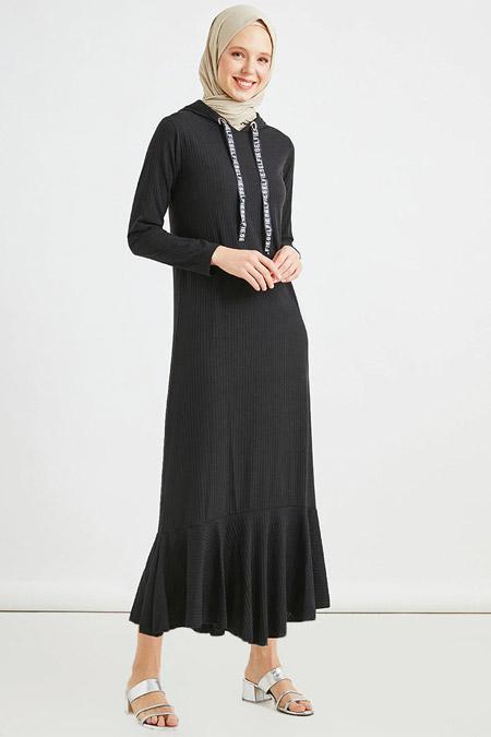 Muni Muni Siyah Kapüşonlu Elbise