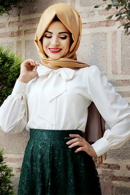 Pınar Şems Ekru Fiyonklu Gömlek