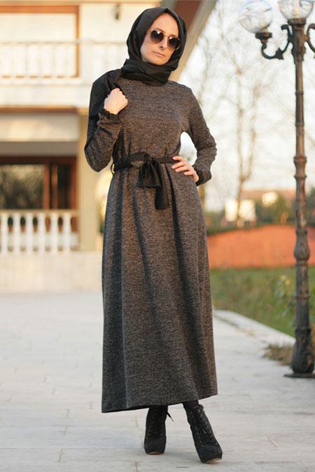 Melek Aydın Siyah Kemerli Elbise