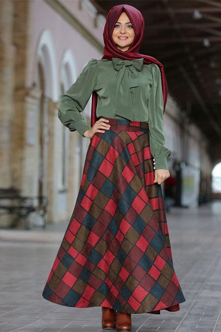 Pınar Şems Kırmızı Kareli Süet Verev Etek