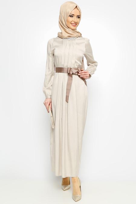 Meryem Acar Krem İncili Elbise
