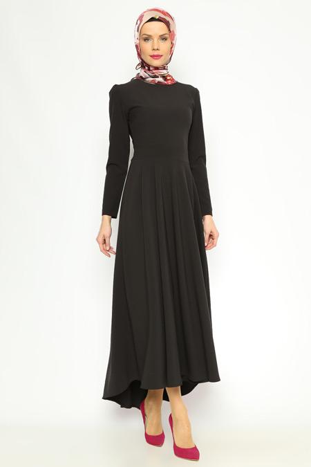 Pita Siyah Pilise Detaylı Elbise