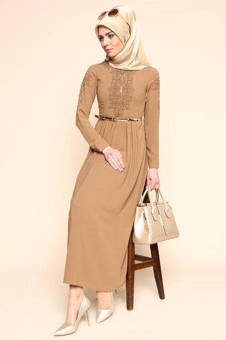 Puane Camel Kemerli Elbise