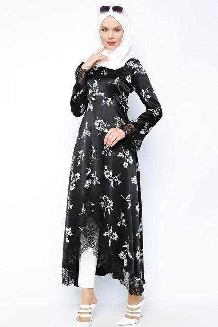 Meryem Acar Siyah Beyaz Dantel Detaylı Tunik
