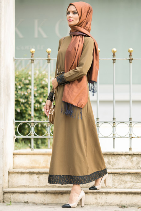 Refka Siyah Yeşil Etek Ucu Dantelli Elbise