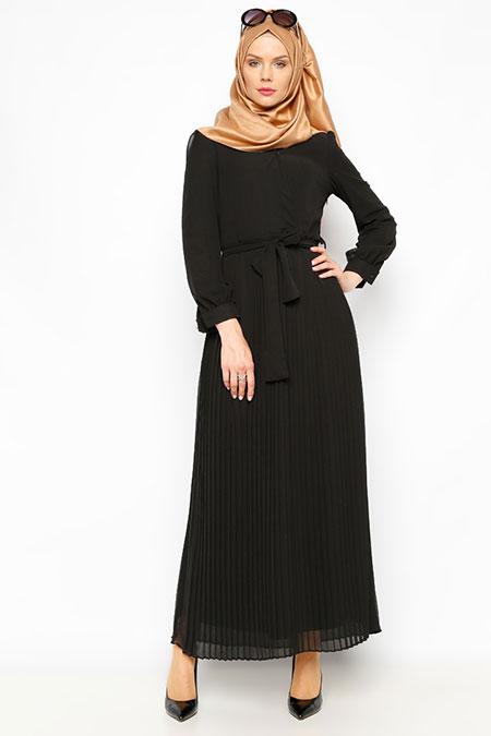 İroni Siyah Pliseli Uzun Elbise