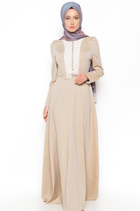 LOREEN Bej Dantel Detaylı Elbise