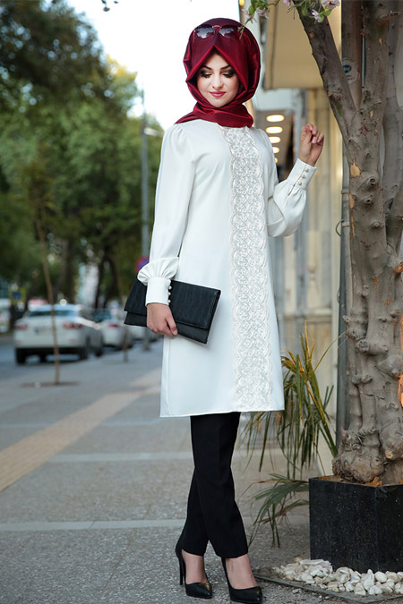 Pınar Şems Ekru Dantelli Peri Tunik
