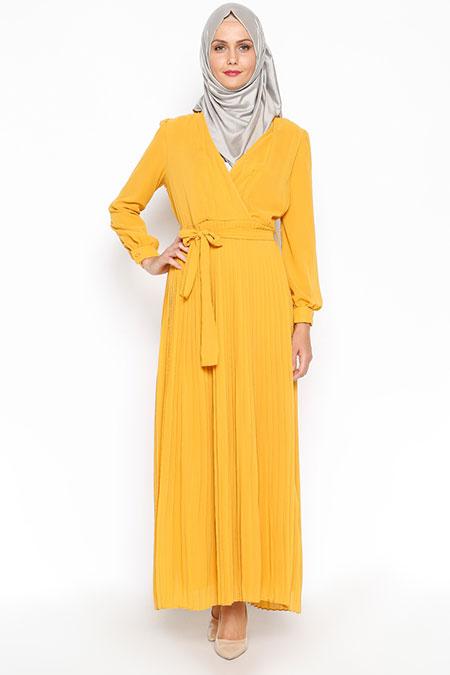 İroni Safran Pliseli Uzun Elbise