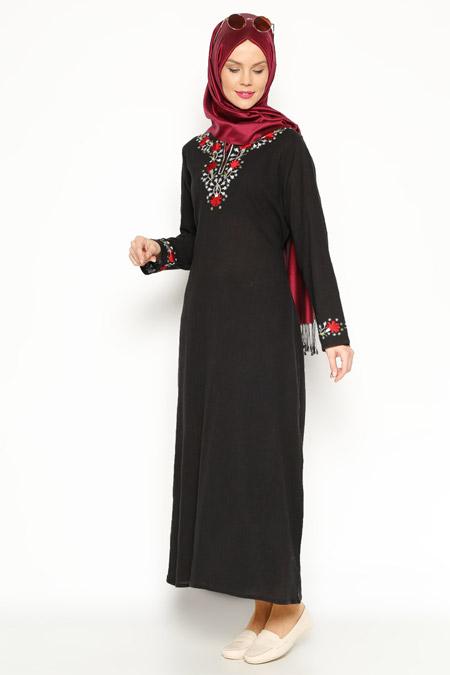 Çkr Siyah Şile Bezi Nakışlı Elbise