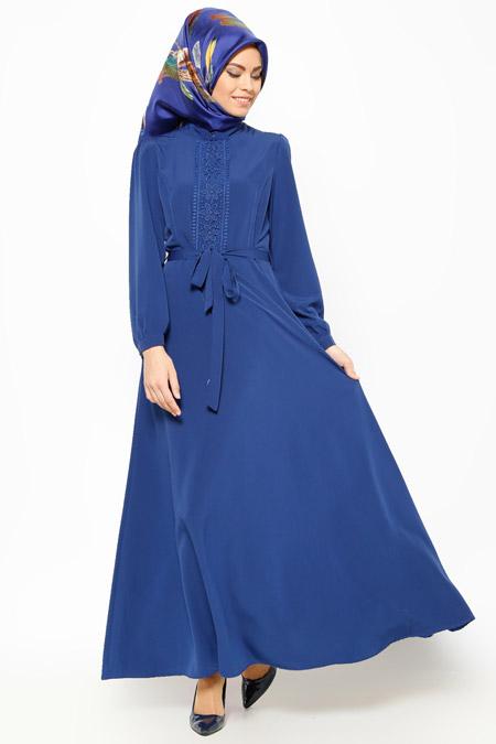 Bataş Saks Güpür Detaylı Elbise