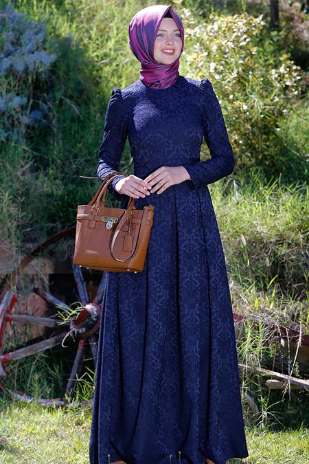 Kübra Biriktir Lacivert Alya Brokar Elbise