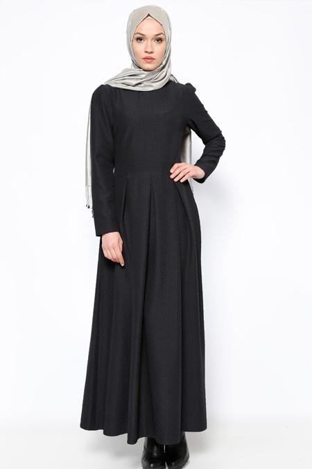 Pita Siyah Pileli Elbise