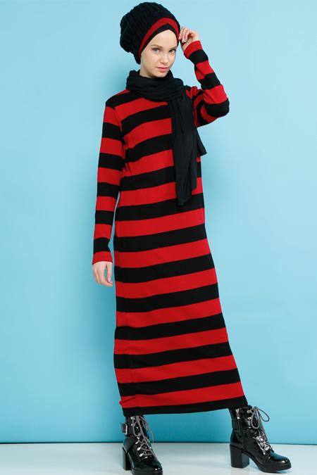 Benin Siyah Kırmızı Çizgili Triko Elbise