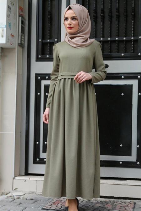 Beyhan Haki Belden Fırfırlı Elbise