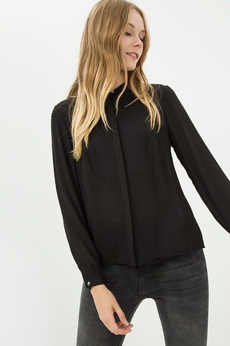 Koton Siyah Gizli Düğmeli Gömlek