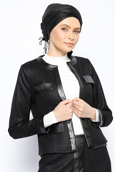 Jaade Siyah Deri Detaylı Ceket