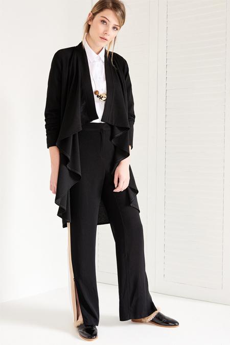 Vavist Siyah Uzun Kol Ceket