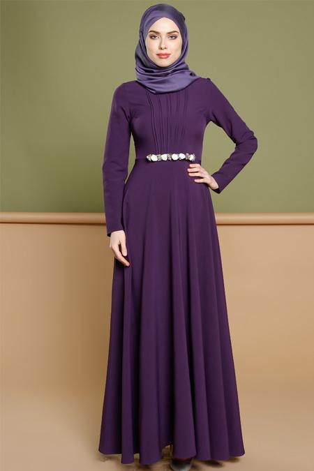 Puane Mor Broş Detaylı Elbise