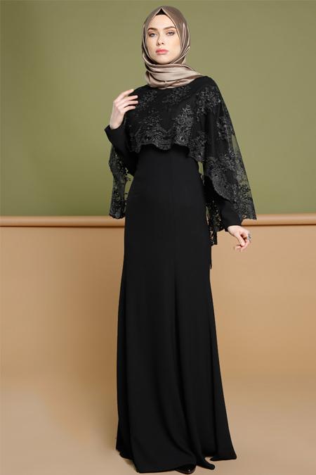 Puane Siyah Dantel Pelerinli Abiye Elbise