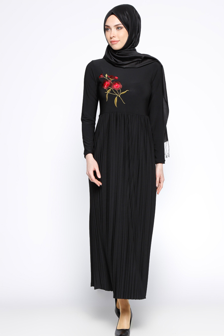 Beha Tesettür Siyah Nakışlı Elbise