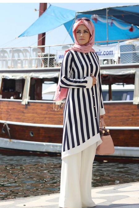 Pınar Şems Lacivert Çizgili Tunik