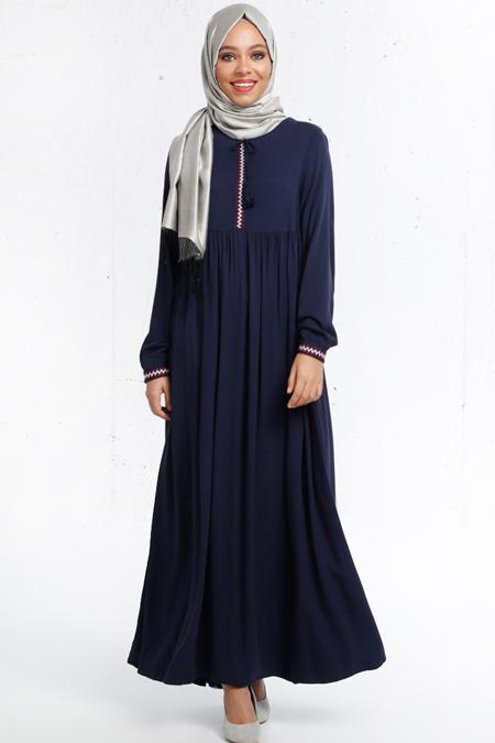 Refka Lacivert Nakış Detaylı Elbise