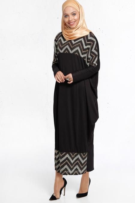 Refka Siyah Zikzak Desenli Elbise