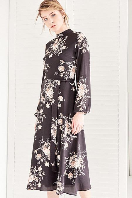 Vavist Siyah Uzun Kol Midi Elbise