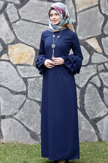 Kübra Biriktir Lacivert Larissa Fırfırlı Elbise