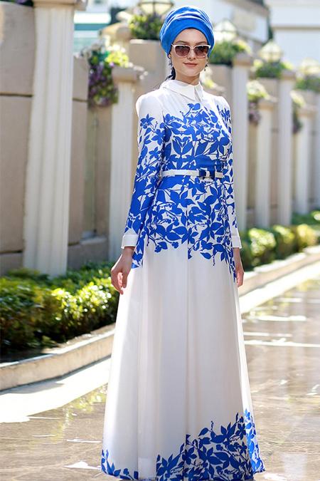 Nilüfer Kamacıoğlu Mavi Beyaz Yaprak Desenli Elbise