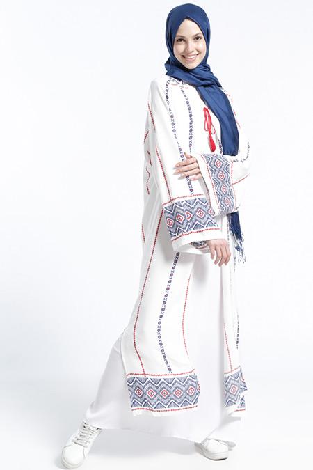 Benin Ekru Doğal Kumaşlı Desenli Kimono