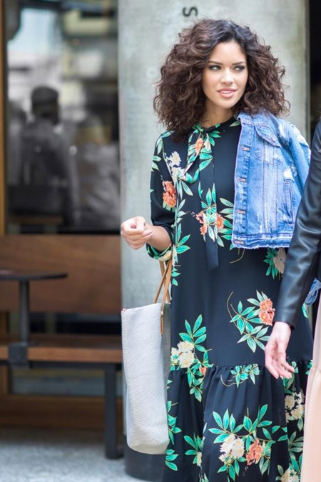 Kevsersarioglu Siyah Çiçekli Uzun Salaş Elbise