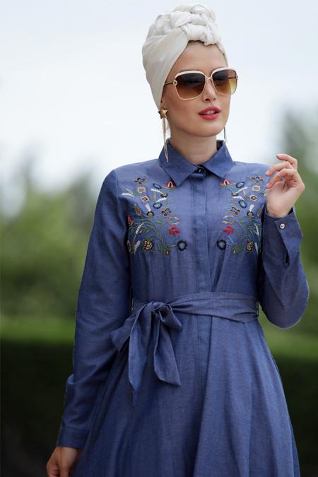 Selma Sarı Design Lacivert Nakış İşlemeli Ebru Elbise