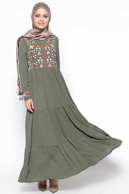 Beha Tesettür Koyu Haki Nakışlı Elbise